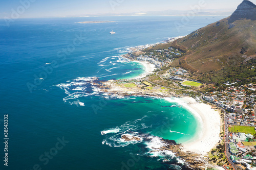 Poster Afrique du Sud aerial coastal view of Cape Town, South Africa
