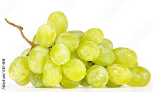 Fényképezés  Cluster of White Muscat Grapes Isolated on White Background