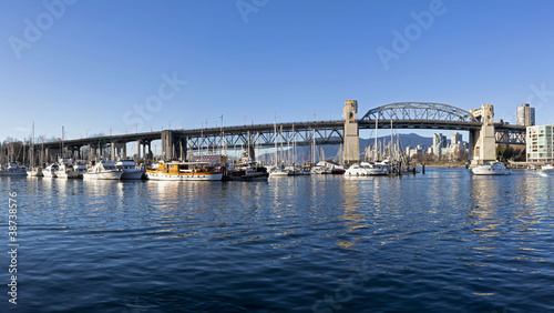 Photo  burrard bridge vancouver