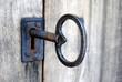 Leinwandbild Motiv grosser alter Schlüssel