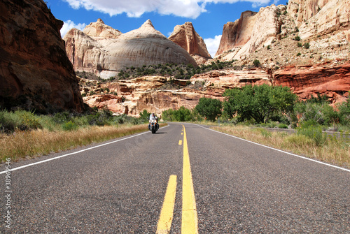 Papiers peints Route 66 Riding Capitol Reef