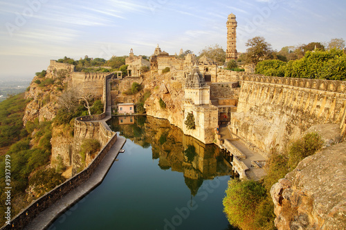 Tuinposter India Picturesque panorama of Cittorgarh Fort, India