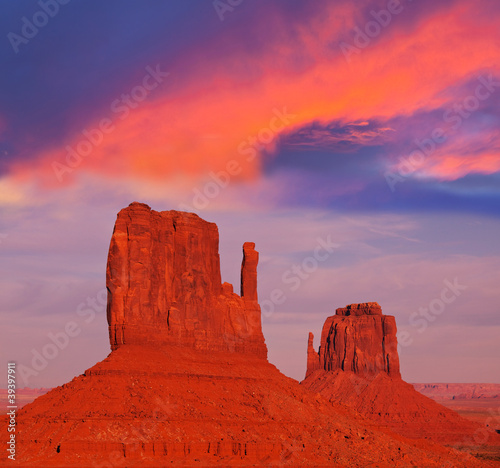 Foto op Canvas Rood traf. Monument valley