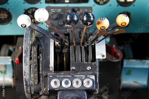Photo  Cockpit of Douglas DC-3