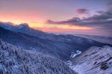 Fototapeta Inspiracje na zimę zachód słońca nad Tatrami