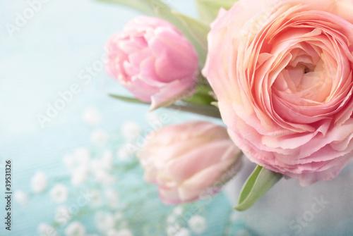 Fototapeta na wymiar Pink flowers