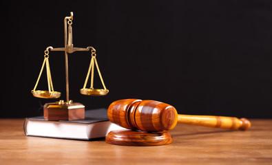 Fototapeta samoprzylepna law book,balance and gavel