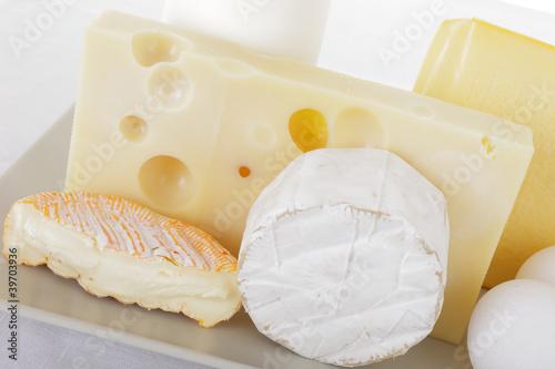 Staande foto Zuivelproducten Milchprodukte