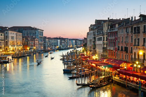 Stickers pour porte Venise Grand Canal after sunset, Venice - Italy