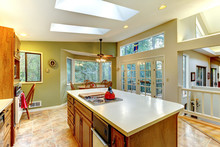 Green Large Country Kitchen Wi...