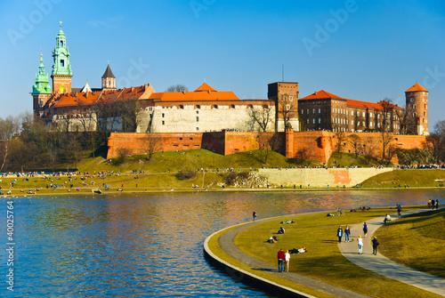 zamek-krolewski-na-wawelu-i-bulwary-wislane-w-krakowie
