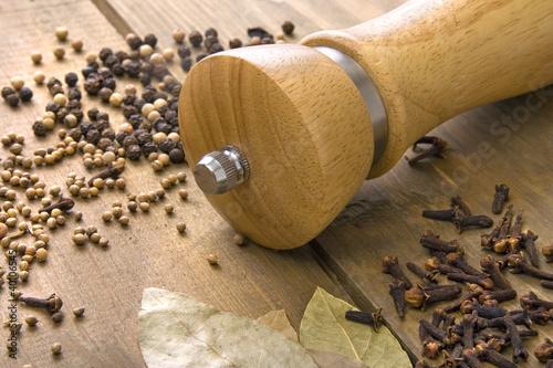 Fotografía  Spice on the wooden table