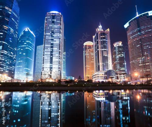 Foto op Aluminium Shanghai night view of shanghai financial center district
