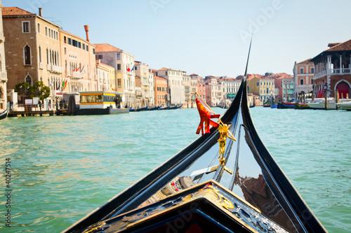 Spoed Foto op Canvas Gondolas Gondola trip in Venice