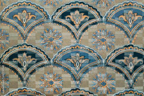 wzor-tkaniny-retro-gobelin-z-kwiatowym-ornamentem-i-kwiatami