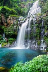 Obraz na Szkle Woda Krople Cascade du bassin des Aigrettes - Ile de La Réunion