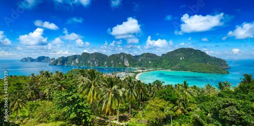 Plakaty krajobraz panorama-tropikalnej-wyspy