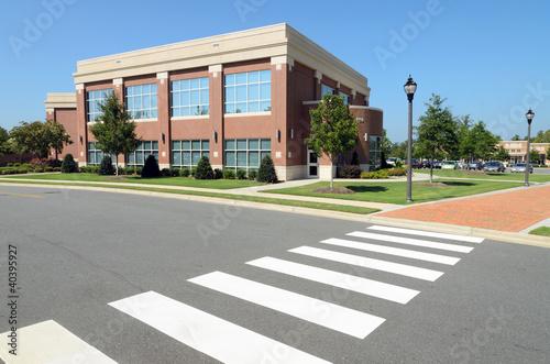 Obraz Office building with pedestrian crosswalk - fototapety do salonu