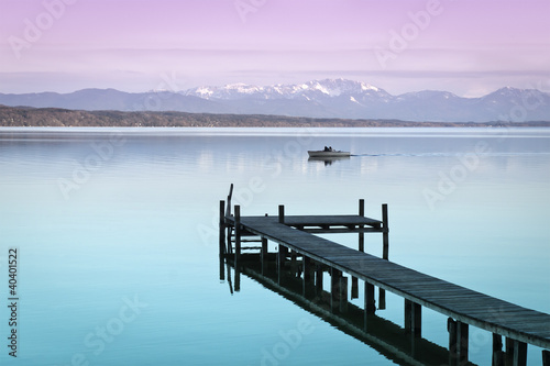 Spoed Foto op Canvas Purper wooden jetty