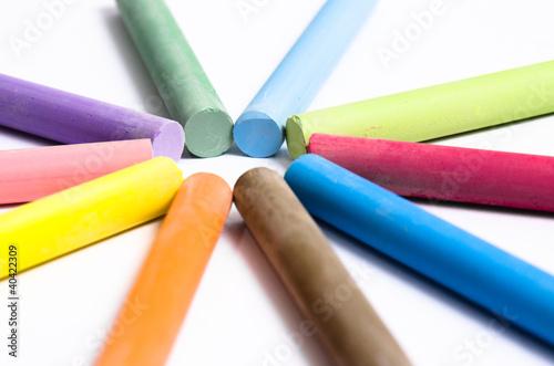 Valokuva  primo piano di gessetti colorati concentrici