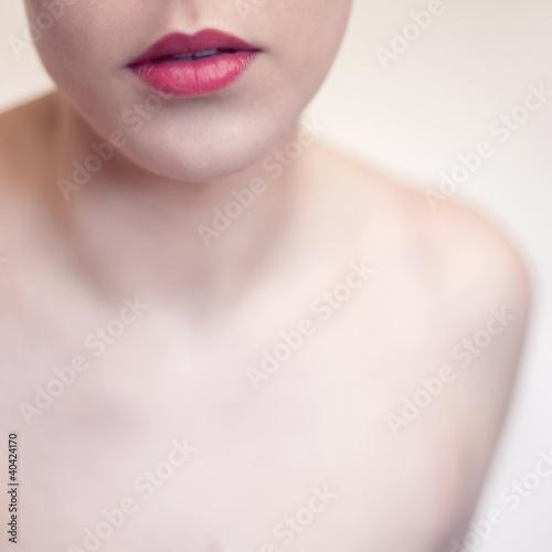 usta czerwone twarz kobieta kosmetyki kwadrat - fototapety na wymiar