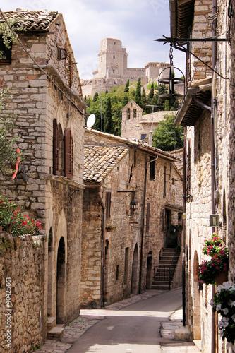 Medieval Italian street - 40425661