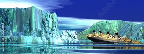 Photo Titanic boat sinking