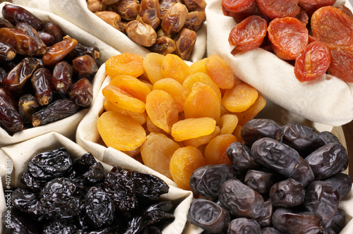 Fototapety do restauracji suszone-owoce