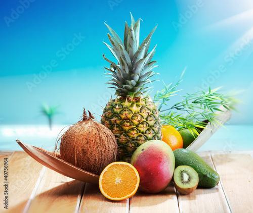 swieze-owoce-na-plazy