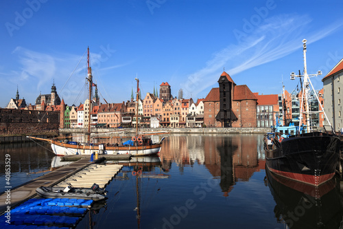 Fototapety, obrazy: View over the river Motlawa the Old Town in Gdansk, Poland.