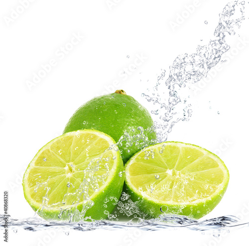 Spoed Foto op Canvas Opspattend water lime splash