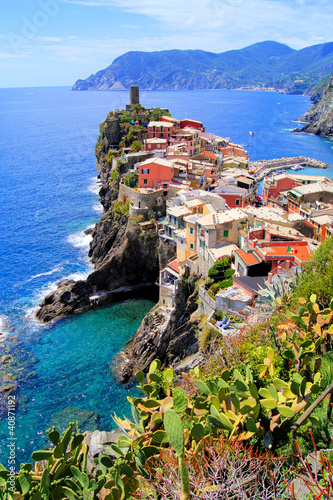 Poster Ligurie View of the village of Vernazza, Cinque Terre, Italy