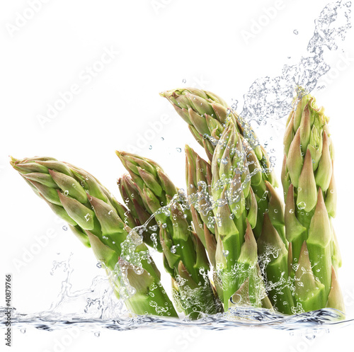 Foto op Canvas Opspattend water asparagi splash