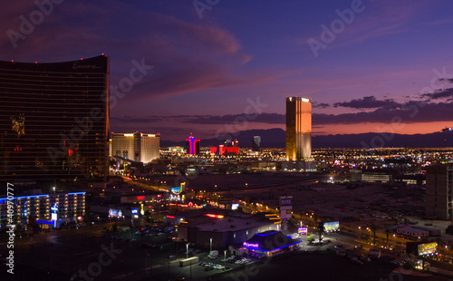 La pose en embrasure Las Vegas Las Vegas skyline at night
