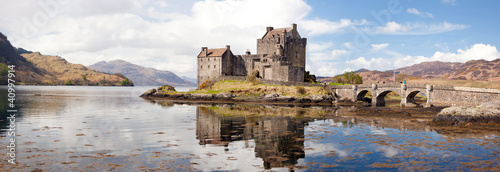 Photo sur Toile Chateau Eilean Donan Castle Scotland Panorama