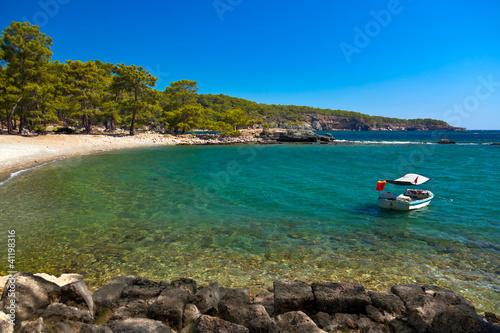 Foto Rollo Basic - Beach at Phaselis in Antalya, Turkey (von Nikolai Sorokin)