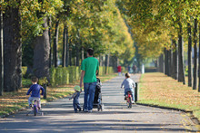 Famille En Promenade-6590