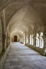 Fototapeta Old colonnaded closter in the Abbaye de Fontenay