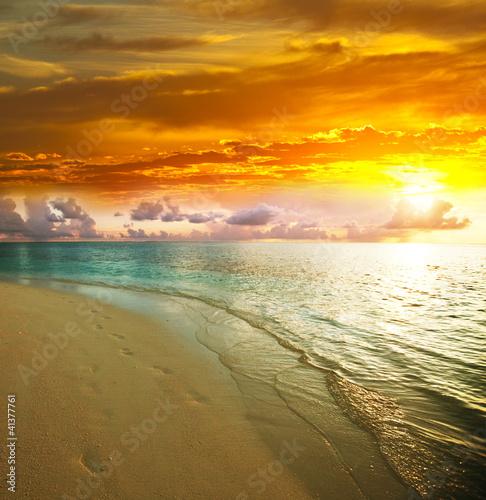 Sea sunset - 41377761