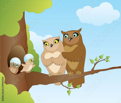 La pose en embrasure Forets enfants Owl with chicks on a branch