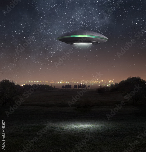 Tuinposter UFO Ufo at night