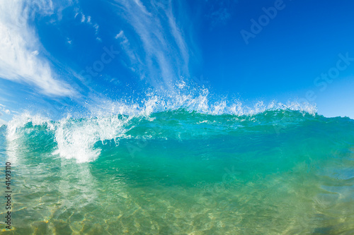 Foto-Leinwand - Beautiful Sunny Blue Wave