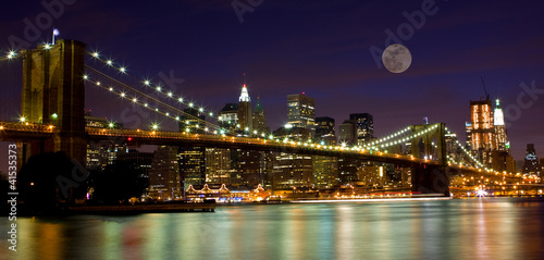 Fotobehang Volle maan Brooklyn Bridge & The moon