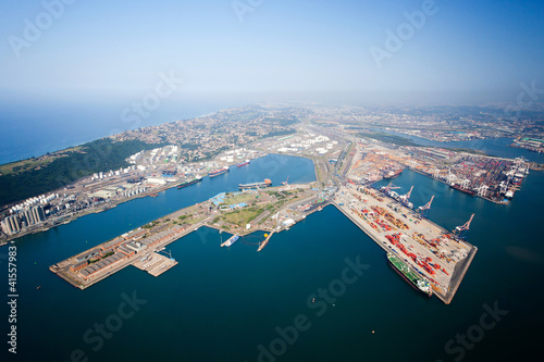 Poster Afrique du Sud overhead view of durban harbor, south africa