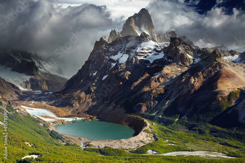 Photo sur Toile Noir Mount Fitz Roy, Patagonia, Argentina