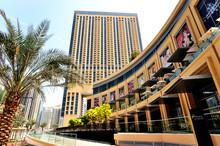Dubai. Marina Mall