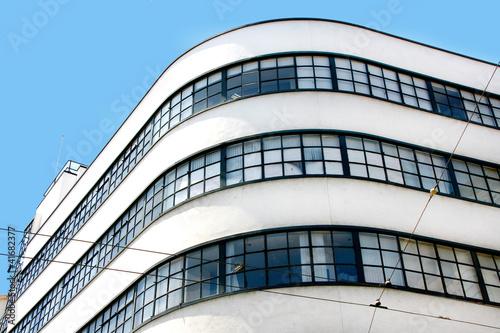 Photo  Detail Gebäude im Bauhaus-Stil