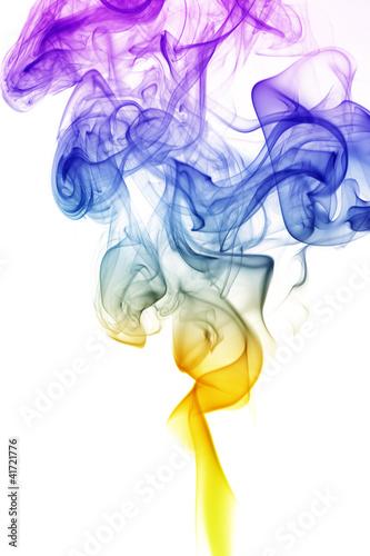 fala-i-dym-roznych-kolorow-na-bialym-tle