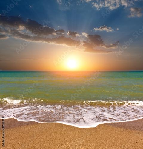 Foto auf Gartenposter Strand sunset on sea