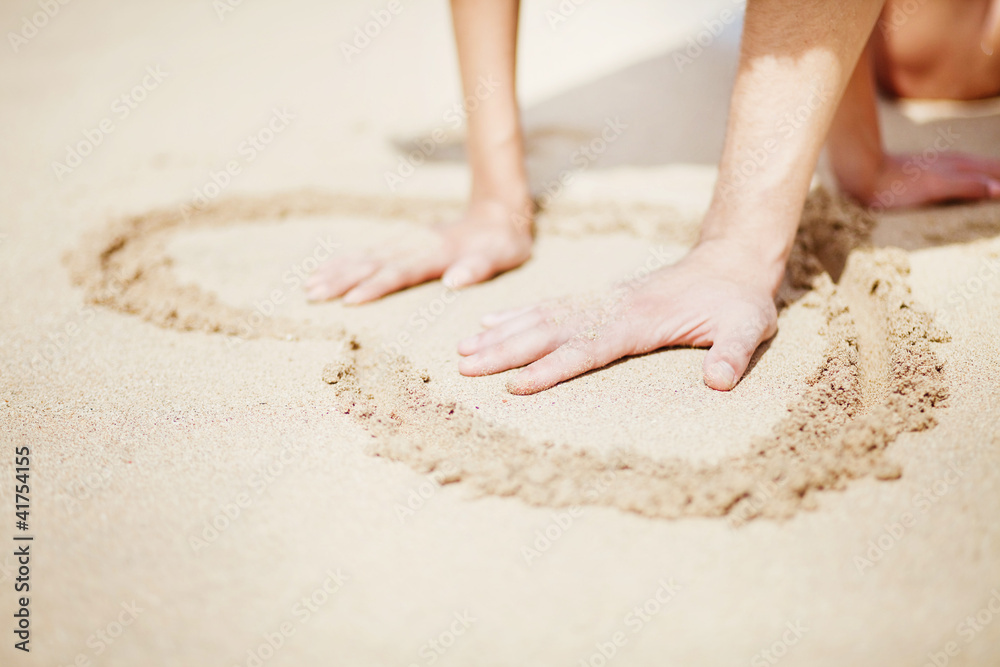 Foto Rollo Basic - Young beautiful caucasian couple on the beach